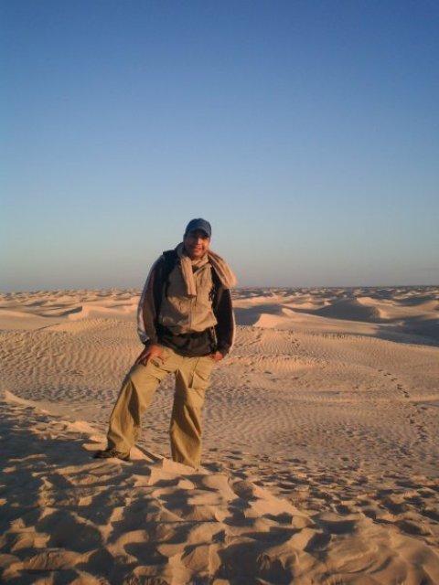 tunisian globe trotter voyageur