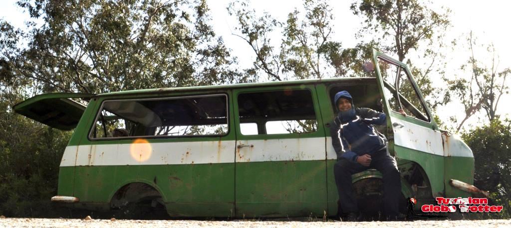 vehicule sovietique barrage sejnene
